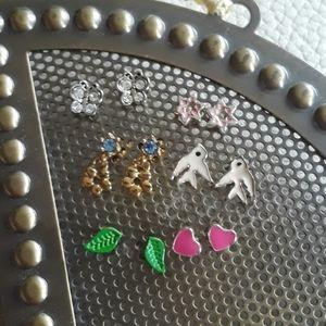 Vintage dainty earrings